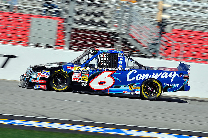 Mar 07, 2009; 2:28:29 PM; Hampton, GA, USA; NASCAR Camping World Truck Series race for the American Commercial Lines 200 at the Atlanta Motor Speedway.  Mandatory Credit: (thesportswire.net)