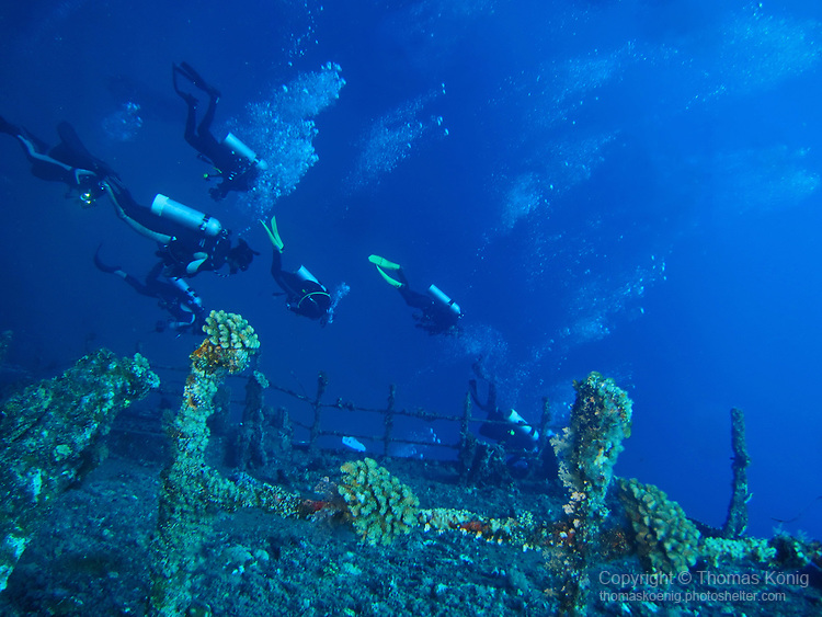 Orchid Island (蘭嶼), Taiwan -- Divers over the at Ba Dai Wreck (八代沉船)