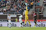 22.07.2017, Millerntor-Stadion, Hamburg, GER, FSP, FC St. Pauli vs SV Werder Bremen<br /> <br /> im Bild<br /> Robert Bauer (Werder Bremen #4), Lamine San&eacute; / Sane (Werder Bremen #26), Jiri Pavlenka (Werder Bremen #1) f&auml;ngt einen Ball in der Luft, Aziz Bouhaddouz (St. Pauli #9) lauert, <br /> <br /> Foto &copy; nordphoto / Ewert