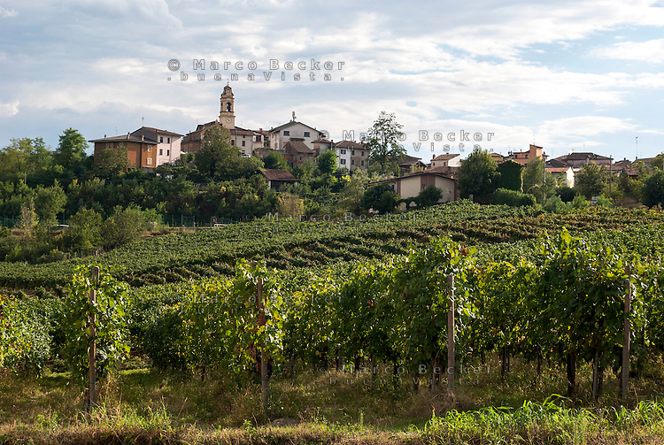 Lirio, paese in provincia di Pavia --- Lirio, small village in the province of Pavia