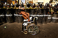 A group of handicapped people is tsill protesting in La Paz, Bolivia, to try to be eard by Evo Morales Government, to get a monthly 500 Bs vital bonus (some 60 USD). Government just wait for  them to be tired of protesting since they get to La Paz, one month ago, and don't show signals to look for negotiaitions.