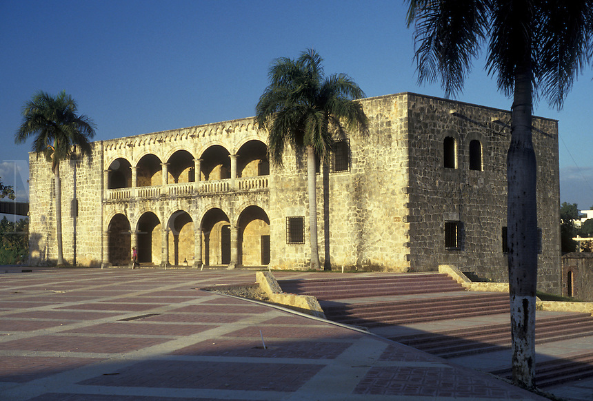 AJ2314, Dominican Republic, Santo Domingo, Caribbean, Caribbean Islands, Columbus Alcazar circa 1510 home of Columbus' son Diego in Santo Domingo the capital city of the Dominican Republic.