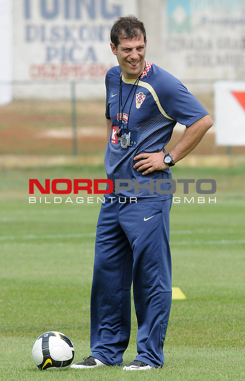 29.05..2009., Rovinj - First day of preparations croatian football national team. 06.06.2009. they are playing qualifying match with Ukraine for World Championship 2010. Slaven Bilic. <br /> Photo: Anto Magzan/ / nph (  nordphoto  )