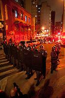 SAO PAULO, SP, 04.09.2014 -  Batalhão de Choque da PM impede saída de manifestantes protestam contra a lei que proíbe o uso de máscaras em protestos, na Praça Roosevelt durante na cidade de São Paulo, na noite  de Quinta -Feira,04 (Foto:Gabriel Soares/Brazil Photo Press)