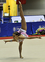 CALI – COLOMBIA – 26-07-2013: Alexandra Piscupescu de Rumania en acción en Giamnasia Ritmica durante los IX Juegos Mundiales Cali, julio 26 de 2013.(Foto: VizzorImage / Luis Ramirez / Staff.) Alexandra Piscupescu from Romania in action in the Rhythmic Gymnastics in the IX World Games Cali July 26, 2013. (Photo: VizzorImage / Luis Ramirez / Staff.)