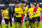 09.11.2019, Allianz Arena, Muenchen, GER, 1.FBL,  FC Bayern Muenchen vs. Borussia Dortmund, DFL regulations prohibit any use of photographs as image sequences and/or quasi-video, im Bild enttaeuscht Manuel Akanji (BVB #16) Raphael Guerreiro (BVB #13) Marco Reus (BVB #11) <br /> <br />  Foto © nordphoto / Straubmeier