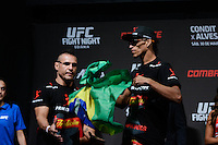 GOIÂNIA, GO, 29.05.2015 – UFC-GOIÂNIA – Charles do Bronx durante pesagem para o UFC Goiânia  no Goiânia Arena em Goiânia na tarde desta sexta-feira, 29. (Foto: Ricardo Botelho / Brazil Photo Press)