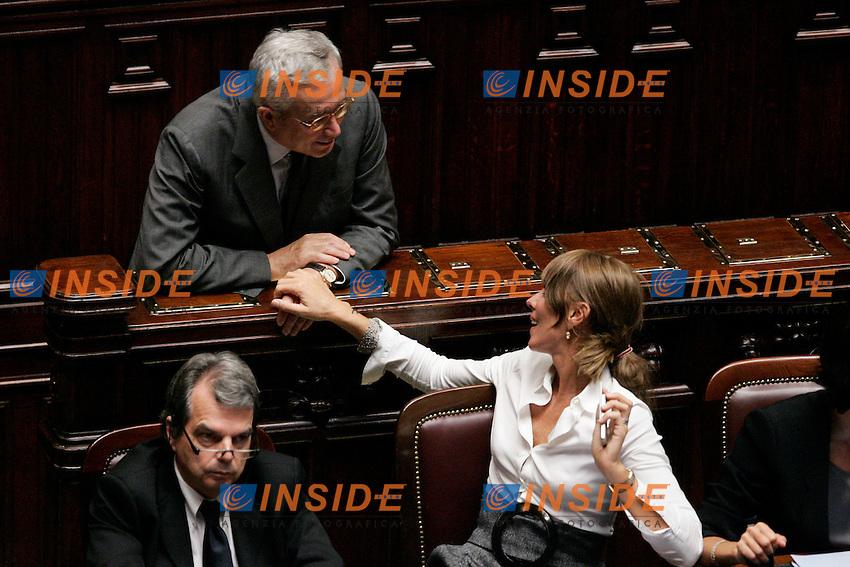 GIULIO TREMONTI E ANNA MARIA BERNINI.Roma 28/09/2011 Camera. Voto di sfiducia nei confronti del Ministro dell'Agricoltura..Photo Samantha Zucchi Insidefoto