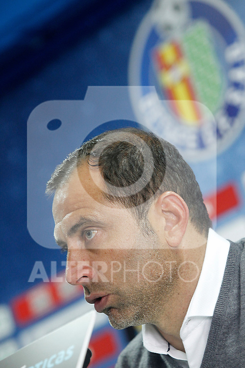 Getafe's coach Juan Eduardo Esnaider in press conference after La Liga match. April 16,2016. (ALTERPHOTOS/Acero)