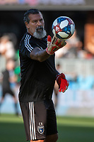 SAN JOSÉ CA - Saturday August 03, 2019:  Coach Carlos Roa during a Major League Soccer (MLS) match between the San Jose Earthquakes and the Columbus Crew at Avaya Stadium in San José, California.