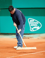 17-4-06, Monaco, Tennis,Master Series, Court maintenance