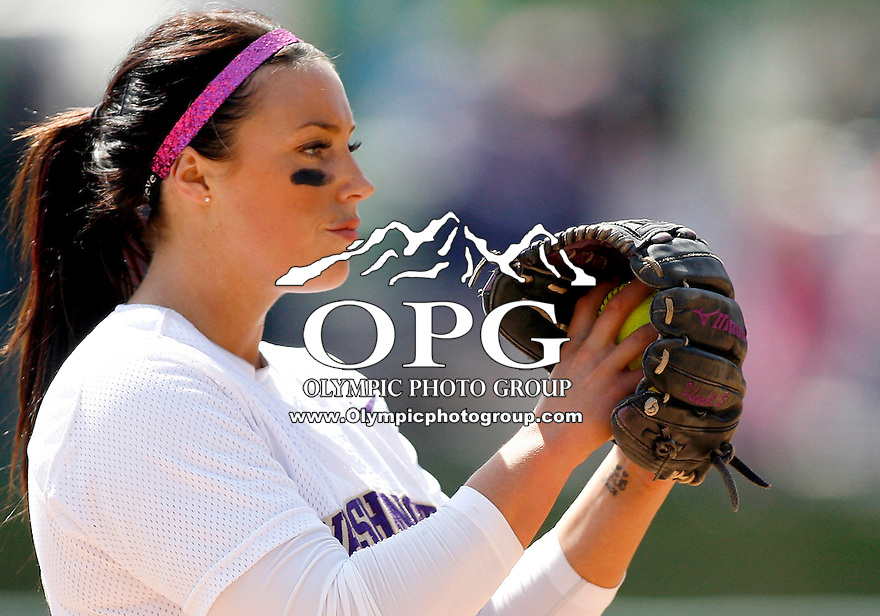 11 April 2010:  Washington Huskies starting pitcher Danielle Lowrie sets up on the rubber against Arizona.  Washington defeated Arizona 9-3 at Husky Softball Stadium in Seattle, WA.