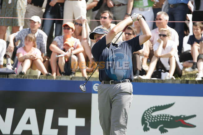 Colin Montgomerie tees off on the 18th tee during the 3rd round of the 2008 Open de France Alstom at Golf National, Paris, France June 28th 2008 (Photo by Eoin Clarke/GOLFFILE)