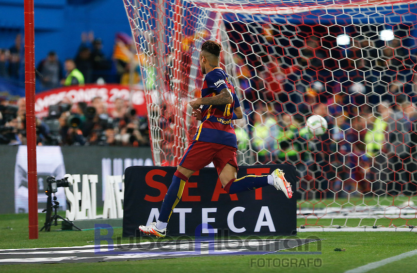 FC Barcelona´s  Brazilian forward Neymar Jr celebrates after scoring the Final of Copa del Rey match between FC Barcelona and SevillaFC at the Vicente Calderon Stadium in Madrid, Sunday, May 22, 2016.
