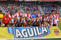 BARRANQUILLA- COLOMBIA -14 -02-2016: Los jugadores de Atletico Junior posan para una foto durante partido entre Atletico Junior y Patriotas FC, de la fecha 3 de la Liga Aguila I-2016, jugado en el estadio Metropolitano Roberto Melendez de la ciudad de Barranquilla. / The players of Atletico Junior during a match between Atletico Junior and Patriotas FC, for date 3 of the Liga Aguila I-2016 at the Metropolitano Roberto Melendez Stadium in Barranquilla city, Photo: VizzorImage  / Alfonso Cervantes / Cont.