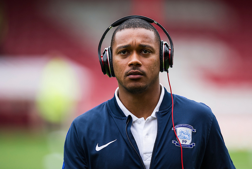Preston North End's Chris Humphrey<br /> <br /> Photographer Ashley Western/CameraSport<br /> <br /> The EFL Sky Bet Championship - Brentford v Preston North End - Saturday 17 September 2016 - Griffin Park - London<br /> <br /> World Copyright &copy; 2016 CameraSport. All rights reserved. 43 Linden Ave. Countesthorpe. Leicester. England. LE8 5PG - Tel: +44 (0) 116 277 4147 - admin@camerasport.com - www.camerasport.com