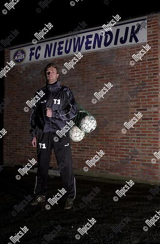James Van Vaerenberg , trainer FC Nieuwendijk
