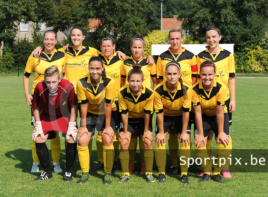 20160827 - ZWEVEZELE , BELGIUM : Zwevezele's team pictured during the soccer match  in the 2nd round of the  Belgian cup 2017 , a soccer women game between SK Voorwaarts Zwevezele and RC Genk Ladies  , in Zwevezele , saturday 27 th August 2016 . PHOTO SPORTPIX.BE / DIRK VUYLSTEKE