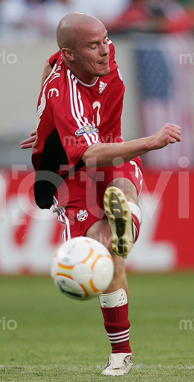 Fussball International Gold Cup Halbfinale  Canada 1-2 USA Iain HUME (CAN), Einzelaktion am Ball.