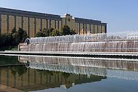 Regierungsgeb&auml;ude am Platz der Unabh&auml;ngigkeit (Mustaqillik Maydoni), Taschkent, Usbekistan, Asien<br /> Government building at square of independence (Mustaqillik Maydoni), Tashkent, Uzbekistan, Asia
