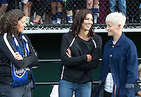\082014000609#3\, \ 082014000609#5\ - Saturday July 16, 2016: Lesle Gallimore, Hope Solo, Megan Rapinoe prior to a \082014000609#10\ \082014000609#9\ match between \082014000609#7\ at \082014000609#8\.