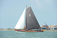 ZEILEN: STAVOREN: IJsselmeer, 26-07-2014, SKS skûtsjesilen, Drachten, skûtsje Twee Gebroeders, schipper Jeroen Pietersma, ©Martin de Jong