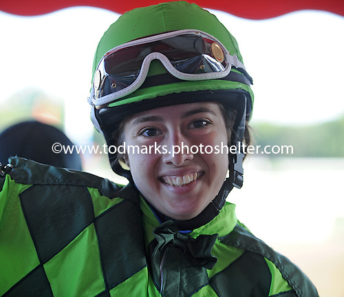 Jockey Maylan Studart returns to the races after a serious injury.