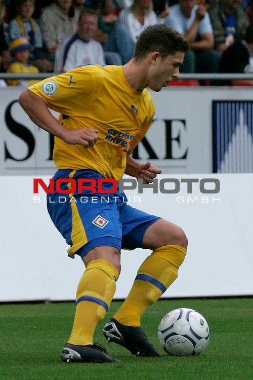 RLN 2007/2008 1. Spieltag Hinrunde<br /> Eintracht Brauschweig - Kickers Emden <br /> <br /> Ken Reichel #19 von der Eintracht<br /> <br /> Foto: &copy; nph ( nordphoto )<br /> <br />  *** Local Caption ***