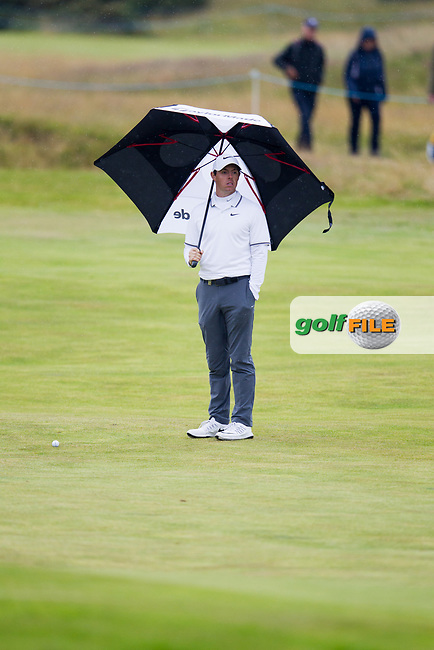 Rory McIlroy (NIR) on the 18th during round 2 of the Aberdeen Asset Management Scottish Open 2017, Dundonald Links, Troon, Ayrshire, Scotland. 14/07/2017.<br /> Picture Fran Caffrey / Golffile.ie<br /> <br /> All photo usage must carry mandatory copyright credit (&copy; Golffile   Fran Caffrey)