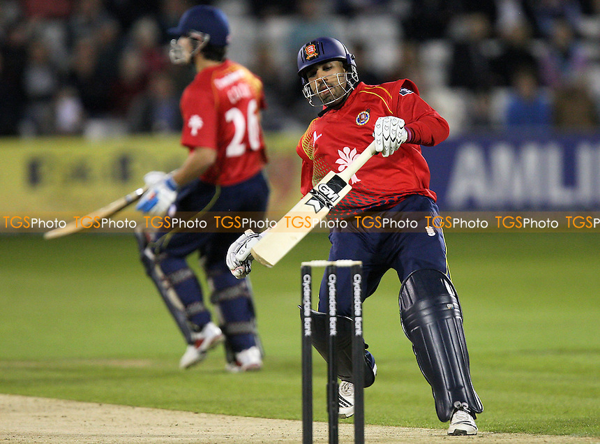 Ravi Bopara (R) and Alastair Cook make runs for Essex - Essex Eagles vs Middlesex Panthers - Clydesdale Bank CB40 Cricket at the Ford County Ground, Chelmsford -  02/09/10 - MANDATORY CREDIT: Gavin Ellis/TGSPHOTO - Self billing applies where appropriate - Tel: 0845 094 6026