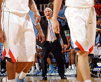 North Carolina head coach Roy Williams reacts to a play during the game against North Carolina at the John Paul Jones arena in Charlottesville, Va. Photo/Andrew Shurtleff