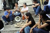 Roma, 6 Giugno 2011.Viale Trastevere,Miur. Ministero istruzione, università e ricerca.Assemblea del coordinamento scuole elementari di Roma per organizzare le mobilitazioni della settimana contro i tagli alla scuola pubblica