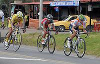 COLOMBIA. 08-08-2014. Un lote de ciclistas escapados durante la etapa 3, Barbosa – Chiquinquira – Tunja – 123.2 Km, de la Vuelta a Colombia 2014 en bicicleta que se cumple entre el 6 y el 17 de agosto de 2014. / A group of cyclists scaped during the stage 3, Barbosa – Chiquinquira – Tunja – 123.2 Km, of the Tour of Colombia 2014 in bike holds between 6 and 17 of August 2014. Photo:  VizzorImage/ José Miguel Palencia / Str