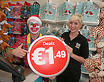 Official opening of new Dealz store in Enniscorthy. Erika Lynch with store mascot. Photo: John Walsh/@Newsfile