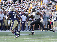 Annapolis, MD - October 21, 2017: UCF Knights wide receiver Tre'Quan Smith (4) runs the ball during the game between UCF and Navy at  Navy-Marine Corps Memorial Stadium in Annapolis, MD.   (Photo by Elliott Brown/Media Images International)