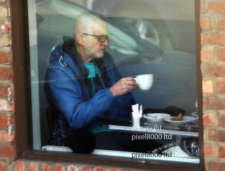 """picture shows: Jeremy Corbyn and wife Laura Alvarez  spotted out shopping in North London on Sunday<br /> <br /> They stopped for a coffee and cake in a bakery. <br /> <br /> Corbyn then posed for selfies with customers before purchasing and cake """"for his brother's birthday.""""\<br /> <br /> His brother Piers was 72 on sunday.<br /> <br /> <br /> <br /> <br /> <br /> <br /> <br /> <br /> picture by Gavin Rodgers/ Pixel8000"""