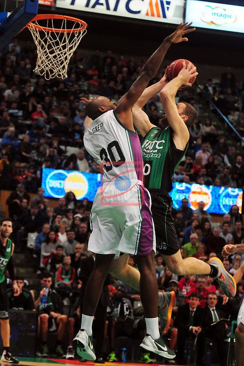 League ACB-Endesa 2014/2015 - Game: 06.<br /> FIATC Joventut vs Unicaja: 82-74.<br /> Caleb Green vs Albert Miralles.