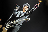 GREEN DAY - Billie Joe Armstrong -  performing live at the O2 Arena in London UK - 08 Feb 2017.  Photo credit: Zaine Lewis/IconicPix