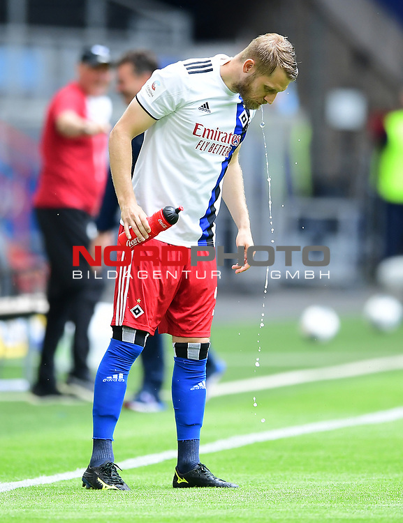 Aaron Hunt (HSV)<br />Hamburg, 28.06.2020, Fussball 2. Bundesliga, Hamburger SV - SV Sandhausen<br />Foto: Tim Groothuis/Witters/Pool//via nordphoto<br /> DFL REGULATIONS PROHIBIT ANY USE OF PHOTOGRAPHS AS IMAGE SEQUENCES AND OR QUASI VIDEO<br />EDITORIAL USE ONLY<br />NATIONAL AND INTERNATIONAL NEWS AGENCIES OUT