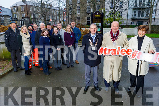 Members of the Kerry Co Council, Schools and the Tralee Chamber Alliance launch the Tralee Town Park survey in the Town park on Tuesday.<br /> Front l to r: Blathnaid McCarthy, Saoirse Ní Mhaoldomhnaigh and Alish McIntyre..<br /> Back l to r: Jean Foley, Andrew Griffin, Don Nolan, Paddy Osbourne, Anthony Moran, Ken Tobin and Colm Nagle, Kevin Burns (KCC).<br /> Front Norma Foley, Cllr Jim Finucane (Mayor of Tralee) and Kevin McCarthy (President of the Chamber Alliance).