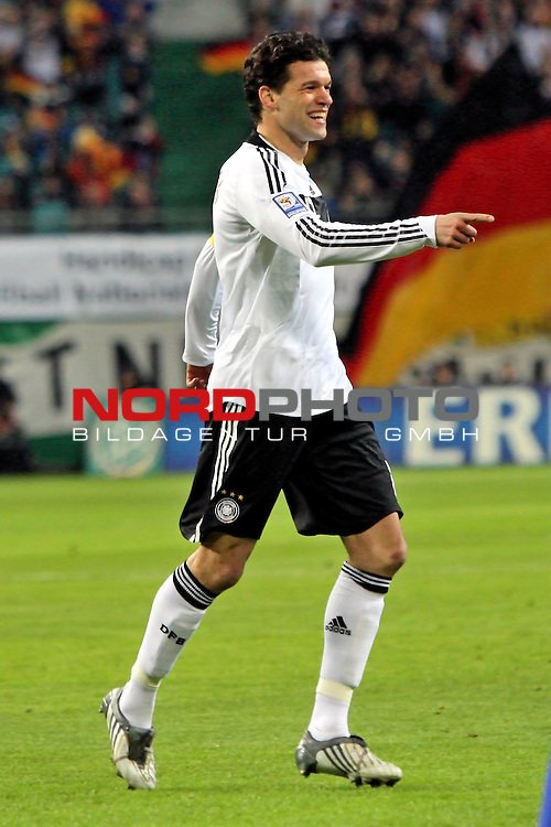 L&permil;nderspiel<br /> WM 2010 Qualifikatonsspiel Qualificationmatch Leipzig 28.03.2009 Zentralstadion Gruppe 4 Group Four <br /> <br /> Deutschland ( GER ) - Liechtenstein ( LIS )<br /> <br /> Michael Ballack (#13 FC Chelsea London Deutsche Nationalmannschaft) jubelt nach dem 1:0.<br /> <br /> Foto &copy; nph (  nordphoto  )<br />  *** Local Caption ***