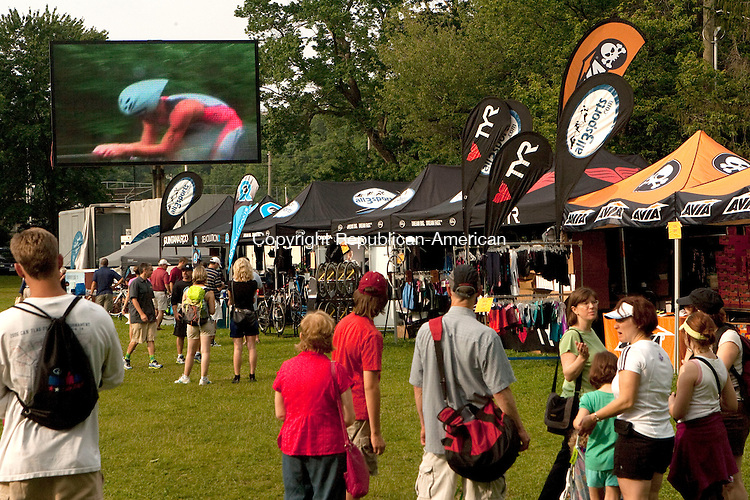 MIDDLEBURY, CT 06 JUNE, 2010-060610JS12-Guests watch live action on the Jumbotron during the Revolution3 Half-Ironman Triathlon Sunday at Quassy Amusement Park in Middlebury. <br /> Jim Shannon Republican-American