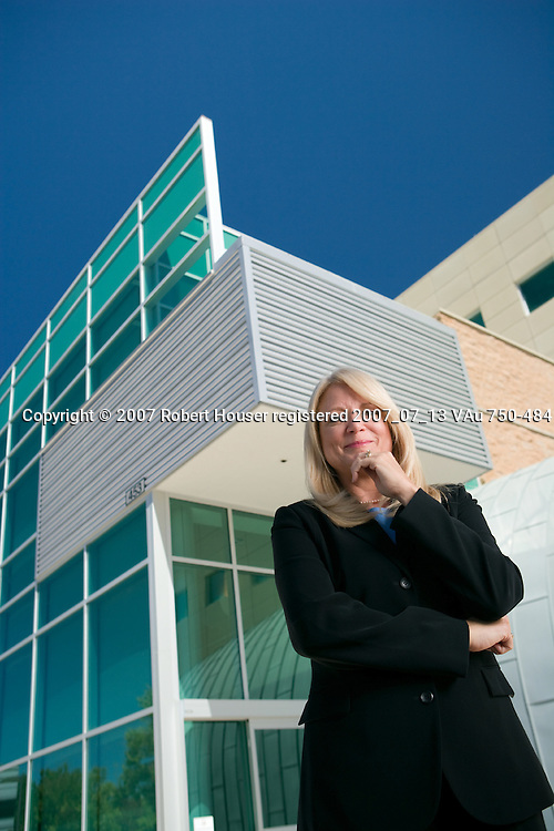 Anita Zenger - Project Controls Manager - Lawrence Livermore National Laboratory: Executive portrait photographs by San Francisco - corporate and annual report - photographer Robert Houser.