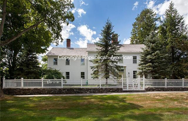 Litchfield - December 9, 2015 - 10_new_200915jc - The Ozias Seymour estate dates back to 1806, and for 144 years was owned by the politically prominent Seymour family. Contributed/ Connecticut MLS