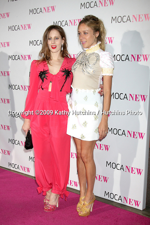 Art Director Liz Goldwyn (L) and actress Chloë Sevigny .arriving at the Museum of Contemporary Art, Los Angeles 30th Anniversary Gala.MOCA Grand Avenue.Los Angeles,  CA.November 14, 2009.©2009 Kathy Hutchins / Hutchins Photo.