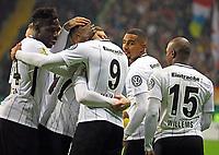 Torjubel Eintracht beim Tor zum 2:0 um Sebastien Haller (Eintracht Frankfurt) - 07.02.2018: Eintracht Frankfurt vs. 1. FSV Mainz 05, DFB-Pokal Viertelfinale, Commerzbank Arena
