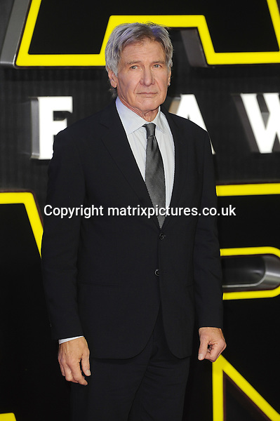 NON EXCLUSIVE PICTURE: PAUL TREADWAY / MATRIXPICTURES.CO.UK<br /> PLEASE CREDIT ALL USES<br /> <br /> WORLD RIGHTS<br /> <br /> American actor Harrison Ford attending the European Premiere of Star Wars: The Force Awakens in Leicester Square, in London.<br /> <br /> DECEMBER 16th 2015<br /> <br /> REF: PTY 153700