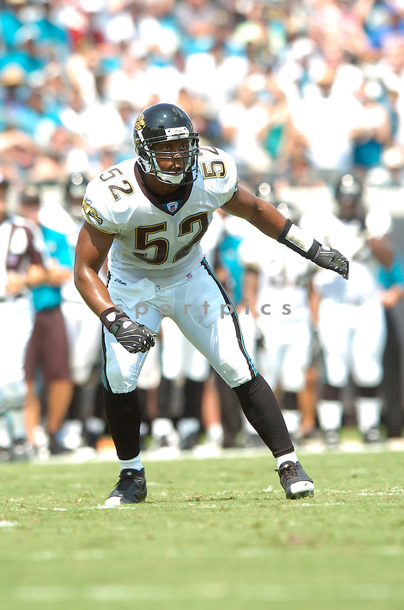 DARYL SMITH, of the Jacksonville Jaguars, in action during the Jaguars game against the Atlanta Falcons  in Jacksonville, FL on September 16, 2007.  The Jaguars won the game 13-7............