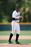 GCL Pirates relief pitcher Randy Jimenez (25) gets ready to deliver a pitch during a game against the GCL Tigers West on August 13, 2018 at Pirate City Complex in Bradenton, Florida.  GCL Tigers West defeated GCL Pirates 5-1.  (Mike Janes/Four Seam Images)