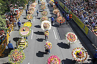 """MEDELLIN, COL AUG 07. Flower growers known as """"silleteros"""" carry their floral arrangements during the 59th annual Silleteros parade in Medellin, Colombia, August 7, 2016. (Photo by Fredy Builes/VIEWpress)"""